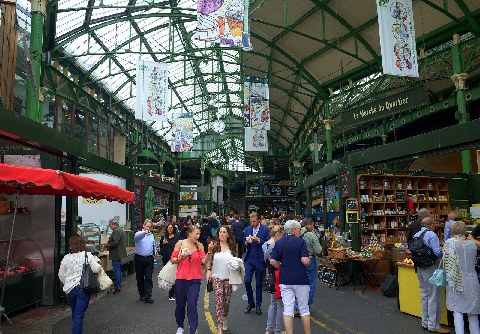 bigstock-Borough-Market-in-London-100448834.jpg