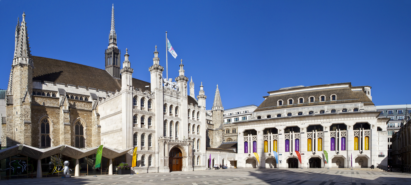bigstock-London-Guildhall-And-Guildhall-36879619.jpg