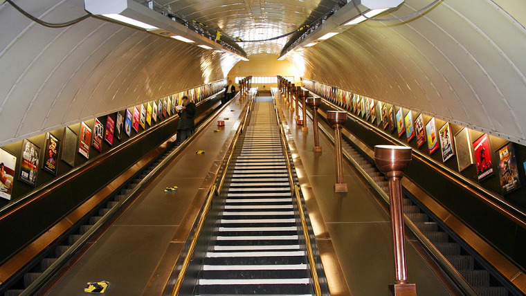 web_760x428_Escalator-London-Underground-Maxpixel-CC0.jpg