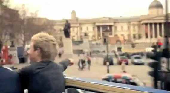 One Direction pulling up in Trafalgar Square for 'One Thing'