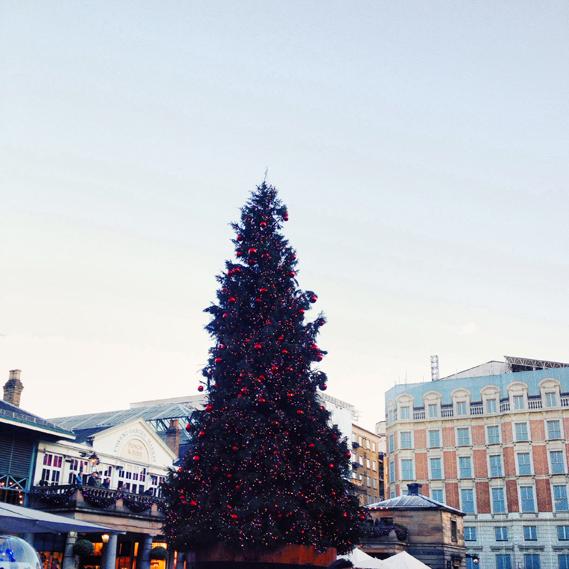 london-christmas-tree