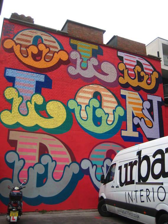Eine street art London