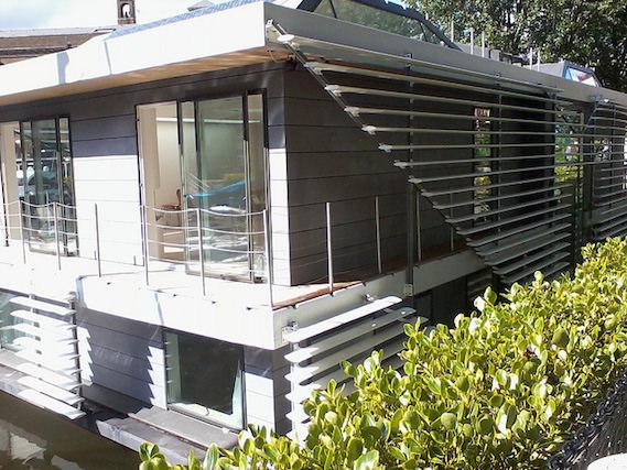 sanitov studio house boat